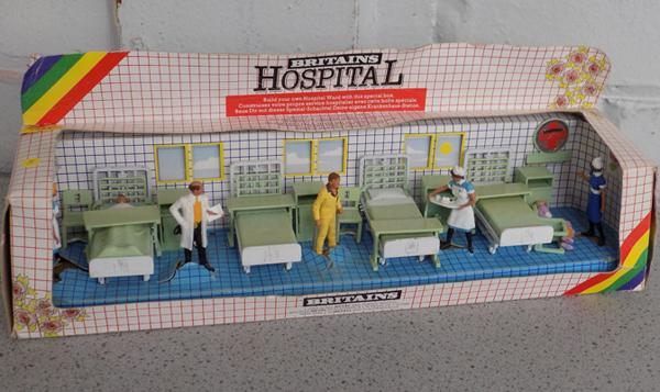 Britains model of hospital ward vintage (7857)