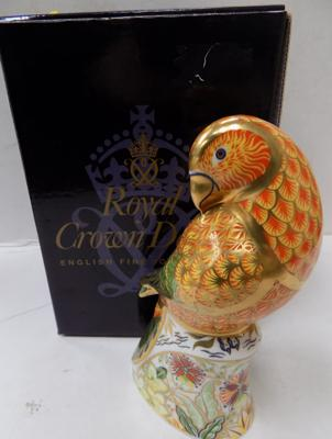 Royal Crown Derby Sun parakeet - gold stopper
