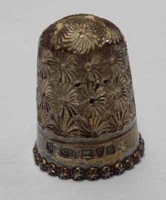 Vintage Charles Horner thimble, silver-Chester hallmarked