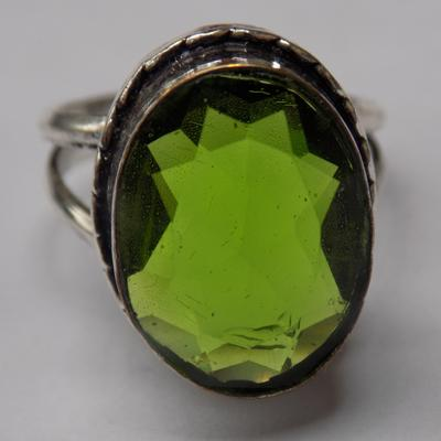 925 Silver green stone ring