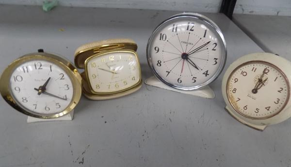 Selection of vintage clocks, incl. Europa