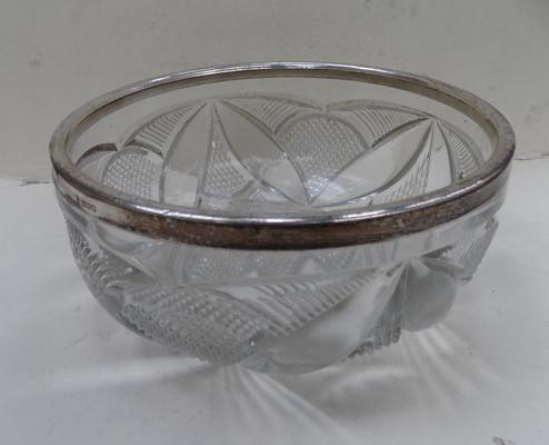 Large silver (hallmarked) rimmed crystal glass fruit bowl - London 1916