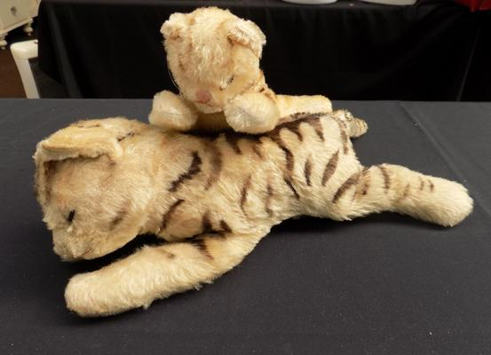2 cat teddies (possible Steiff)