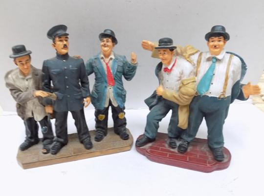 Two Laurel & Hardy group figures