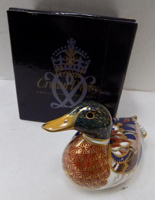 Royal Crown Derby mallard duck paper weight - gold stopper