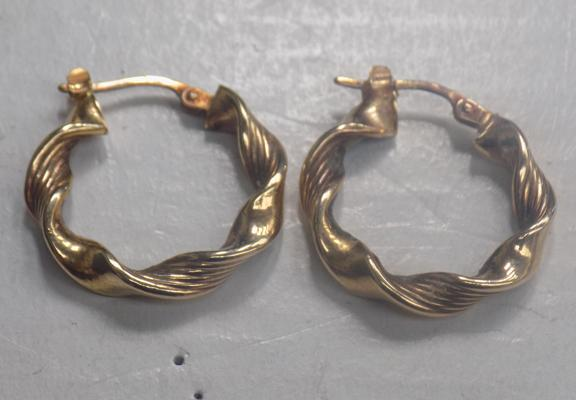 Pair of 9ct gold earrings