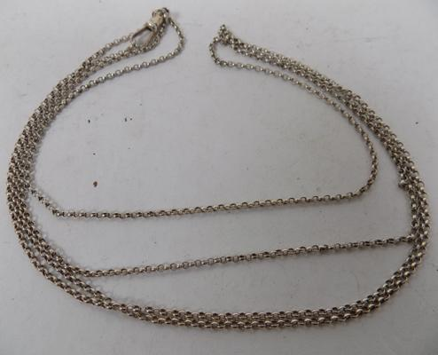 "White metal muff chain (56"")"