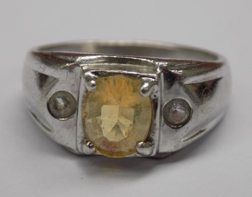 925 silver ring with yellow centre stone, Deco style setting, approx. size N