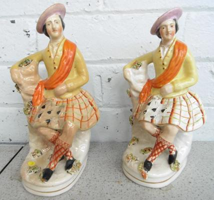 2x Victorian Staffordshire figures