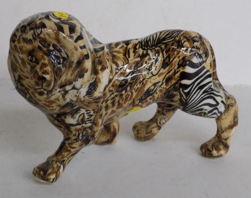 Wildlife-Lion by Collage - good condition