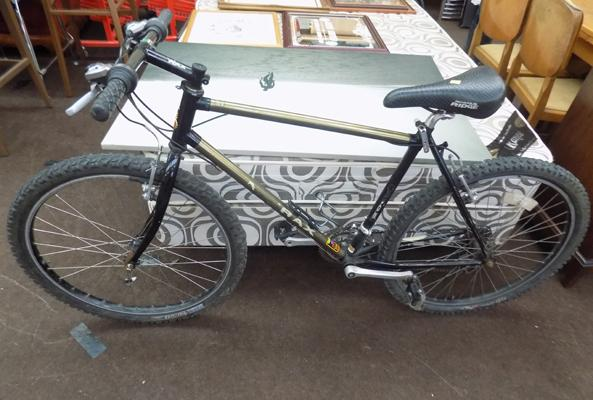 Raleigh M-Tray Mountain bike - all working
