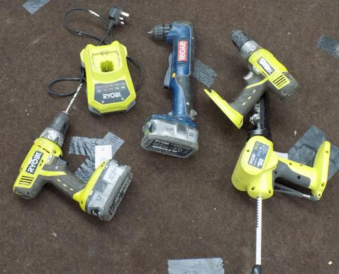 Ryobi 2x 18V drills, sealant gun, 18V driver, 2x4 lithium batteries and charger