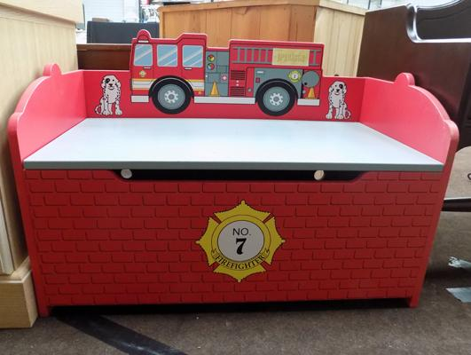 Fire engine blanket box