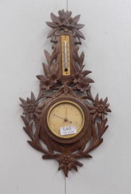 Small barometer with flower design
