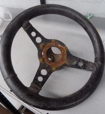 Vintage Deep Dish car steering wheel - good display