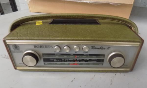 Roberts Rambler II leather radio