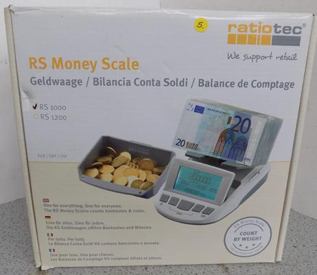 RS money scale in box