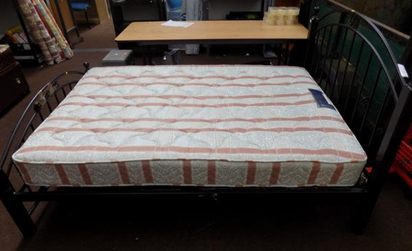 Ornate double bed & mattress
