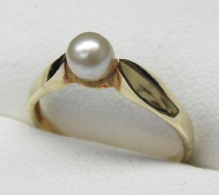 14ct gold '585' real pearl ring size L3/4