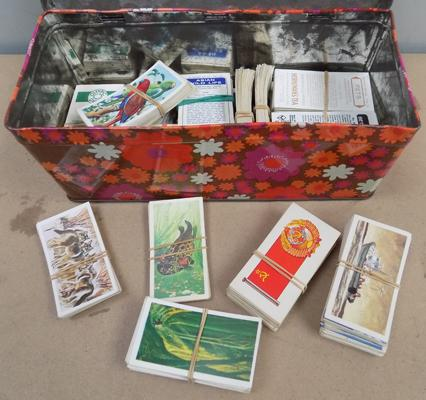 Tin of Brook Bond tea cards