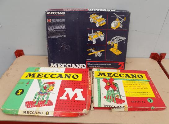 3x boxes of old Meccano 1950/60's no.2,no.1 and no.2