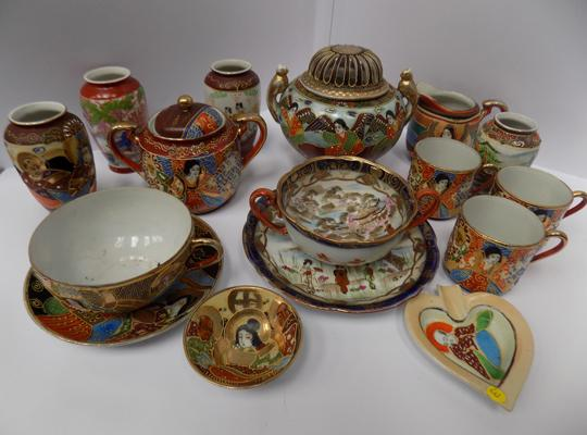 Selection of Japanese decorated pieces