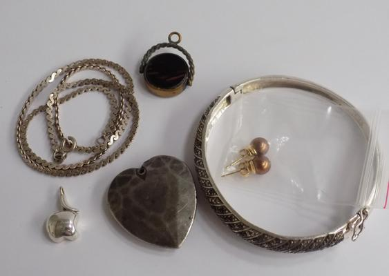 Mixed jewellery incl. silver