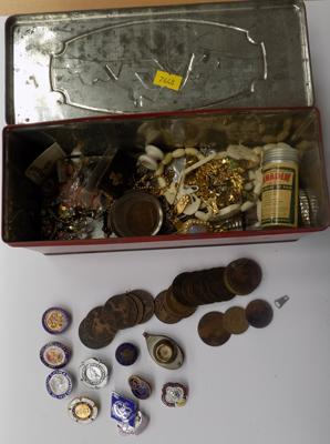 Tin of mixed collectables, incl. vintage badges, coins etc...