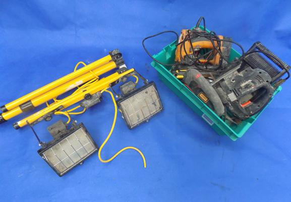 2 work lights  and various electrical tools - as seen