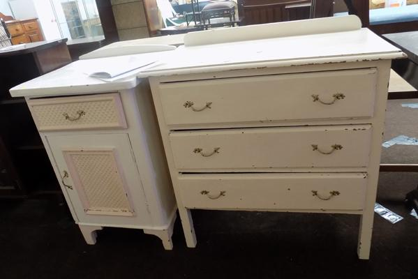 Side cabinet and chest of drawers