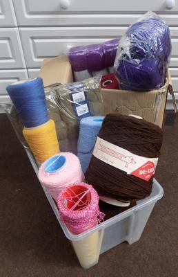 2 boxes of wool