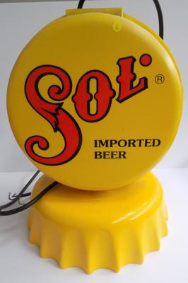 Vintage sol bar light with magnetic bottle catcher
