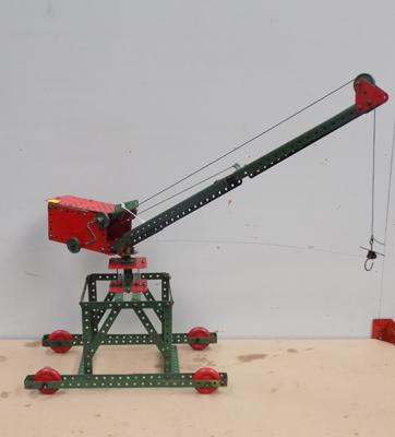 Triang Meccano mobile crane 1952 hoisting travelling etc.