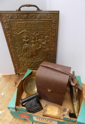 Selection of mixed vintage collectables, incl. fire screen, cast iron & more