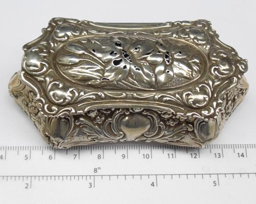 Antique silver trinket box - Birmingham circa 1906 EJH