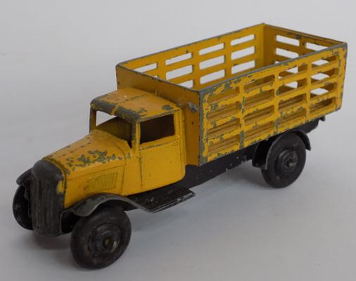 Dinky 1920's first issue - Bedford produce truck