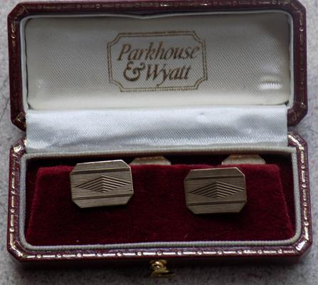 9ct gold fully hallmarked cuff-links