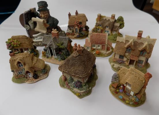 Tray of Lilliput Lane