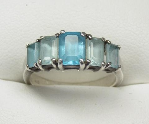 925 silver and blue gemstone ring approx. size O