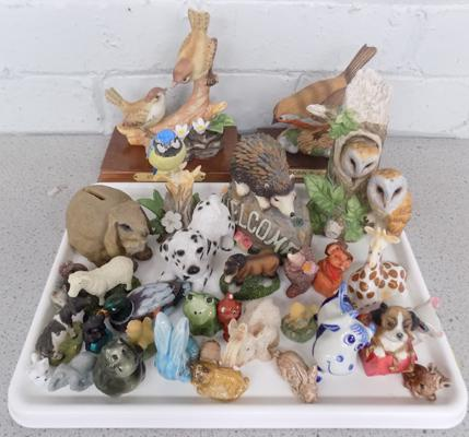 Tray of mixed collectable animals, incl. Leonardo birds, Wade etc...