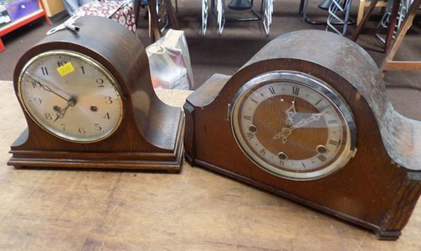 2x Mantle clocks (1 with key)