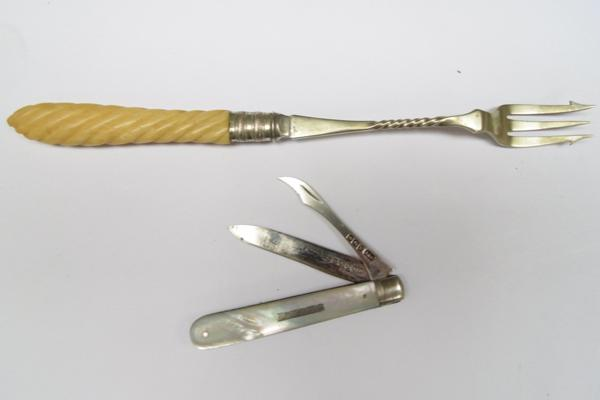 Silver & Mother of Pearl fruit knife (1906) + pickle fork
