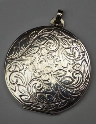 Vintage silver locket - Sheffield, circa 1970's