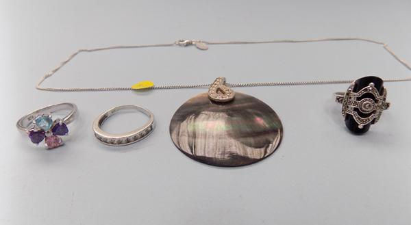 Selection of silver rings, necklace etc...