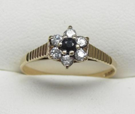 9ct gold sapphire and clear stone ring, approx. size P