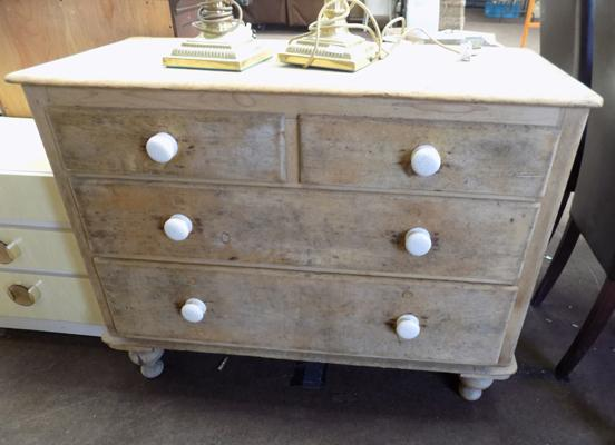 Two on two pine chest on drawers