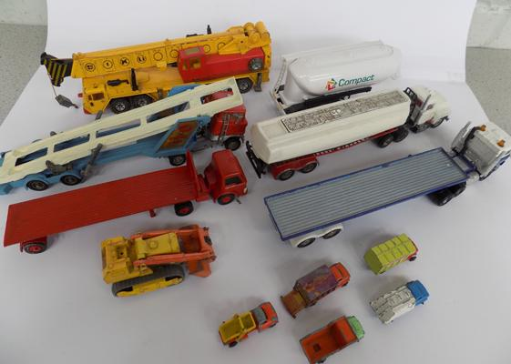 Tray of Diecast incl. Corgi and Matchbox
