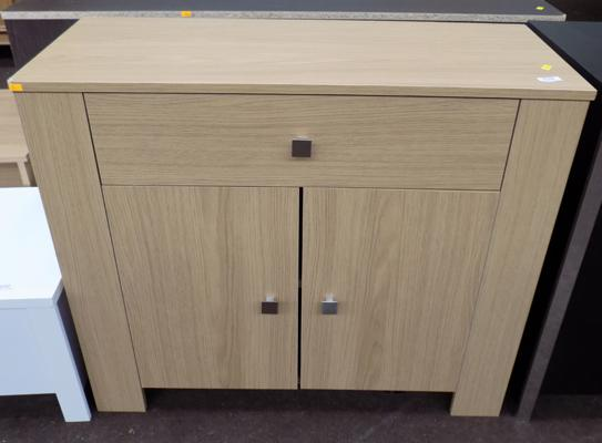 1 drawer 2 door oak effect sideboard