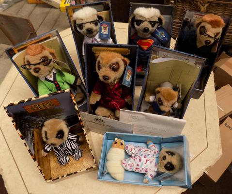 8x Collectable Meercat toys