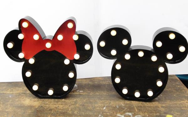 Mickey & Minnie Mouse face lights